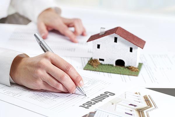 Hợp đồng mua bán đất đai không công chứng có sang tên sổ đỏ được không?
